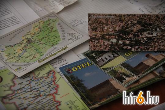 Később már várostérképekből, légifelvételekből is készültek képeslapok...