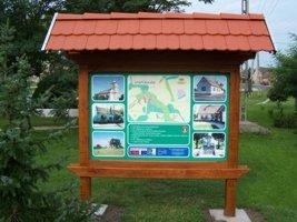 Kültéri, térképes információs táblák