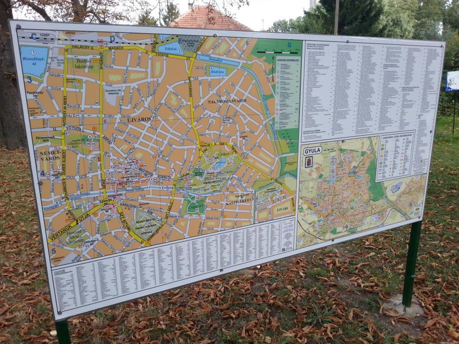 Befejeződött a városi, kültéri információs térképek felújítása